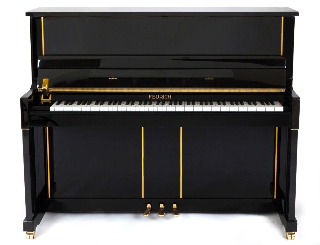 Farbe: Schwarz Messing; Preis: 5.400.- €