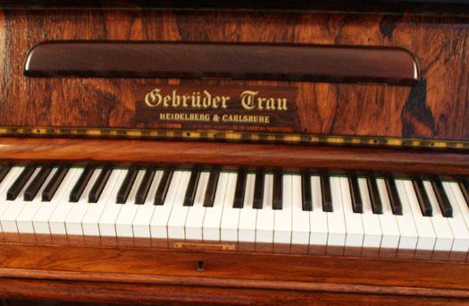 Gebrüder Trau Klavier