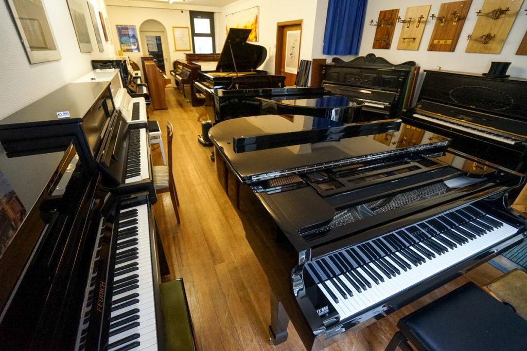 Klavier und Flügel neu oder gebraucht in Karlsruhe kaufen oder mieten